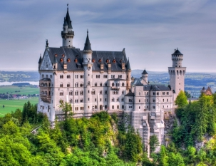 A tour to the castles of Neuschwanstein and Hohenschwangau,  Wieskirche church   with a guide